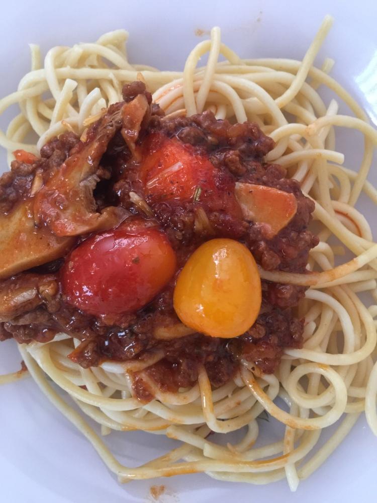 spaghetti_bolognese_farahpinklady